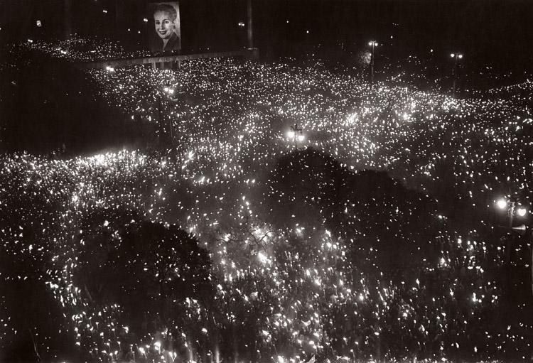 Juan Di Sandro. Noche del fallecimiento de Eva Perón, 1952.