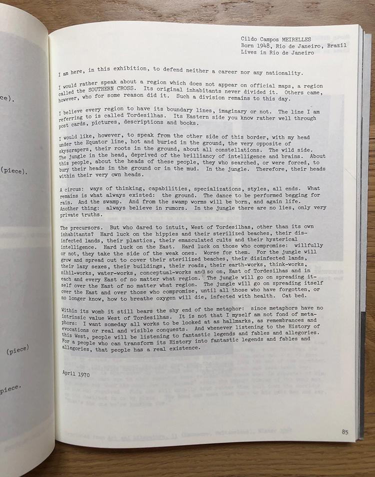"""Texto de Ciro Meireles publicado en inglés, sin título, en """"Information""""."""